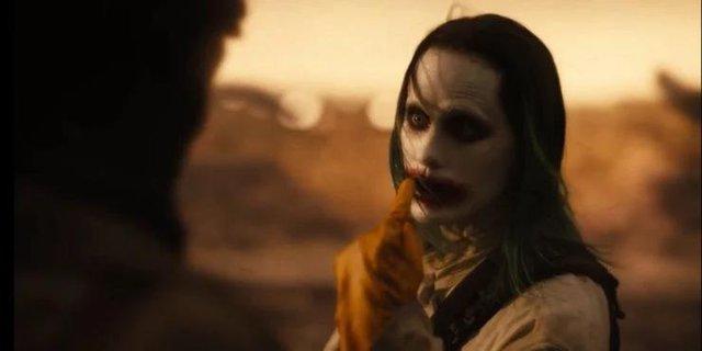 Phản diện mạnh nhất DC Comics lộ diện và 10 chi tiết fan service đắt giá xuất hiện trong Zack Snyder's Justice League - Ảnh 3.