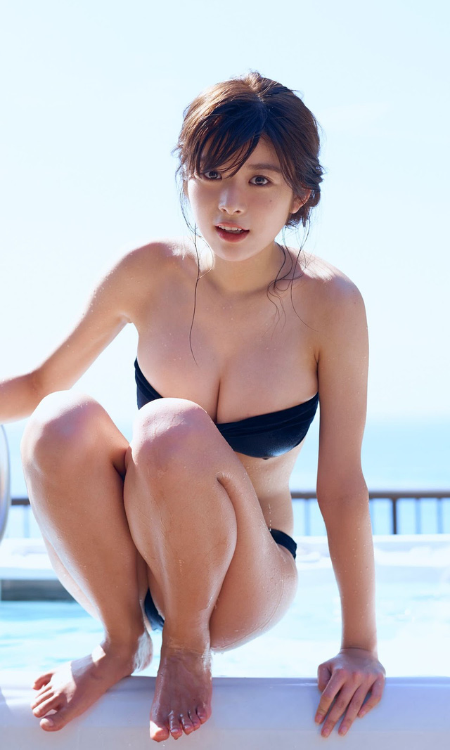 Hot girl xinh đẹp đổi đời nhờ vai diễn nữ siêu nhân, nóng bỏng tới mức thường xuyên bị nhầm là diễn viên phim 18+ - Ảnh 2.