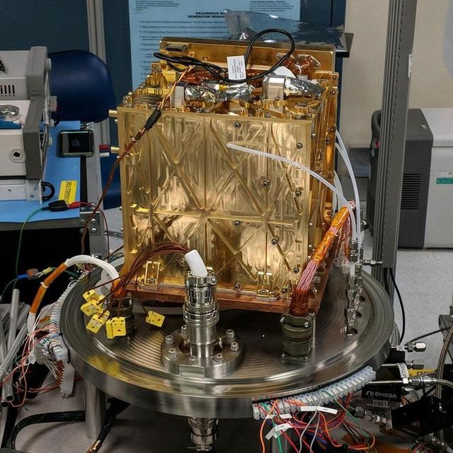 Máy tạo oxy của NASA có thể thay đổi mãi mãi Sao Hoả - Ảnh 4.