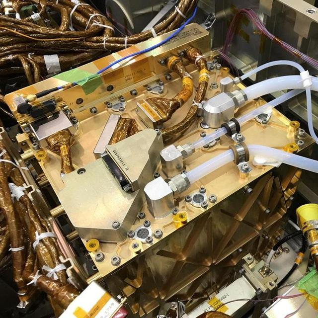 Máy tạo oxy của NASA có thể thay đổi mãi mãi Sao Hoả - Ảnh 5.
