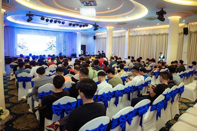 """Game thủ """"quẩy"""" hết mình trong Offline Tân Minh Chủ 2 miền Nam - Bắc: Game vừa hay vừa đông, xin ủng hộ dài dài - Ảnh 9."""