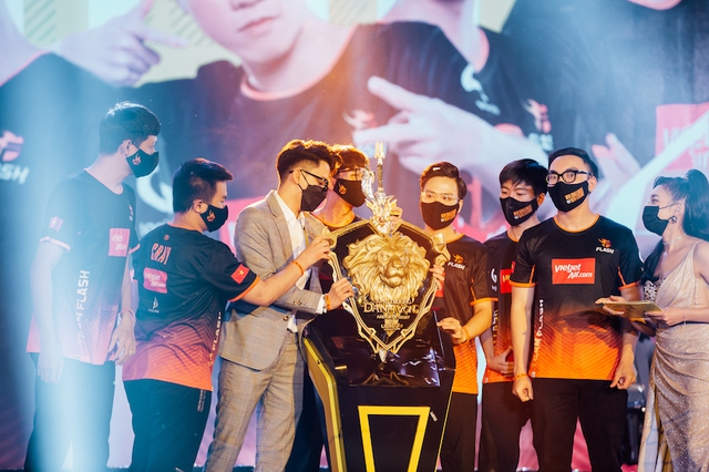 Gần một ngày sau chiến thắng đẹp như mơ, tuyển thủ Team Flash khẳng định: Sự chỉ trích tạo nên sức mạnh! - Ảnh 4.