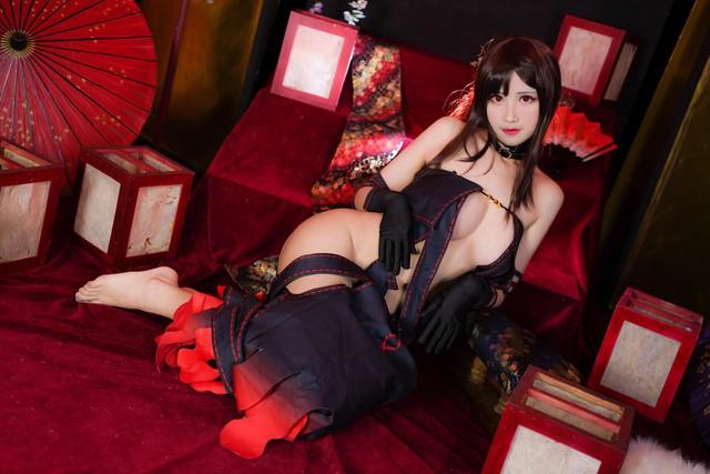 Sáng ra nạp vitamin cho mắt với loạt ảnh cosplay nàng Ngu Cơ trong game Fate/Grand Order quá đỗi nóng bỏng - Ảnh 2.