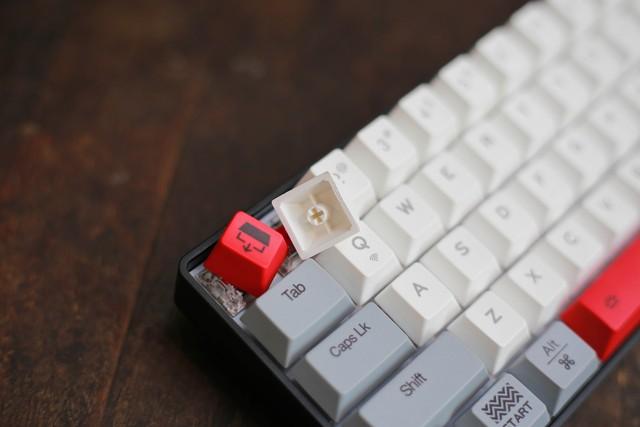 bàn phím cơ Bluetooth giá rẻ mà đẹp, gõ siêu ngon: DareU EK871 và EK861