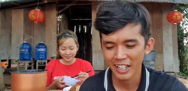Cuộc sống hậu hôn nhân của Lộc Fuho và Sang Vlog - hai YouTuber từng được mệnh danh là nghèo nhất Việt Nam - Ảnh 6.