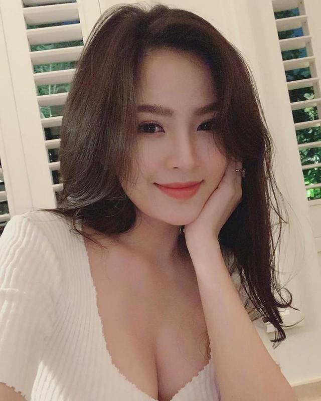 Hot girl Mỳ Gõ một thời khoe nhan sắc ấn tượng, vòng một siêu đẹp khiến nhiều người cảm thán - Ảnh 5.