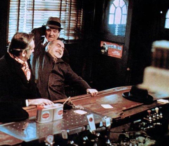 Muốn cày phim lần nữa khi nhìn lại hình ảnh hậu trường phim Bố Già (1972), đúng là đỉnh của chóp - Ảnh 6.