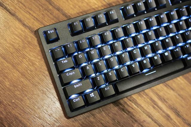 E-Dra EK387: Bàn phím gaming giá ngon, trang bị switch cao cấp bấm siêu sướng - Ảnh 4.