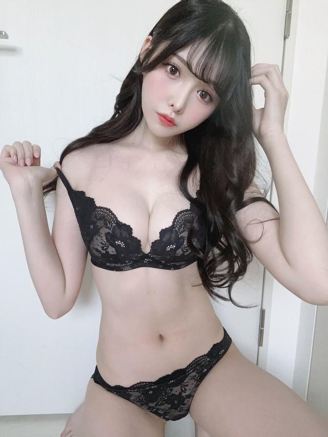 Lâu không xuất hiện, hot girl sở hữu đôi chân đẹp và khỏe nhất làng phim 18+ Nhật Bản lên tiếng xin lỗi fan, hứa đền bù - Ảnh 4.
