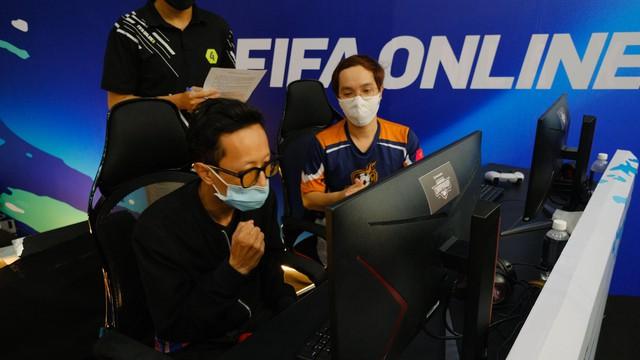 Giải đấu FIFA Online 4 FVNC 2021 khép lại với chiến thắng hủy diệt của Tony Tonyy - Ảnh 4.