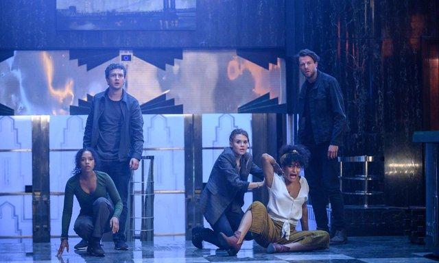 Escape Room 2 tung trailer với cú lừa cực gắt, đưa khán giả trở lại trò chơi sinh tử khốc liệt - Ảnh 4.