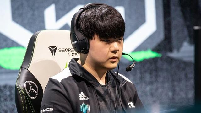 Canyon đổi tên ID rank Hàn với nội dung tiêu cực khiến fan DWG KIA vô cùng lo lắng - Ảnh 4.
