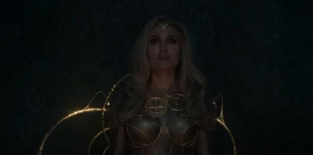 Soi trailer của The Eternals: Dàn siêu anh hùng với năng lực cực khủng nhưng thích ở ẩn, Thanos bón hành Avengers cũng mặc kệ - Ảnh 3.