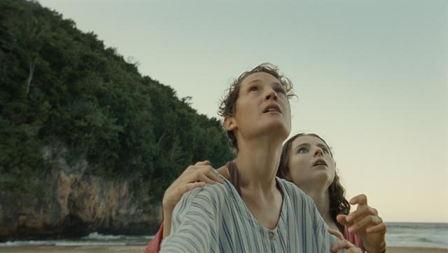 """Đạo diễn """"The Sixth Sense"""" gây bất ngờ với phim kinh dị mới về đề tài thời gian - Ảnh 2."""