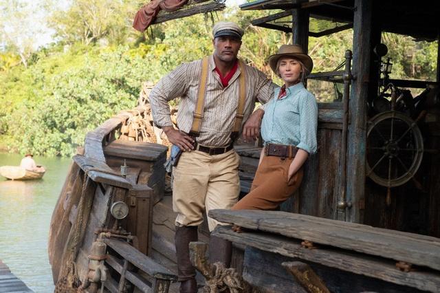Cặp đôi hoàn cảnh The Rock và Emily Blunt thám hiểm rừng xanh trong trailer phim hành động Jungle Cruise - Ảnh 5.