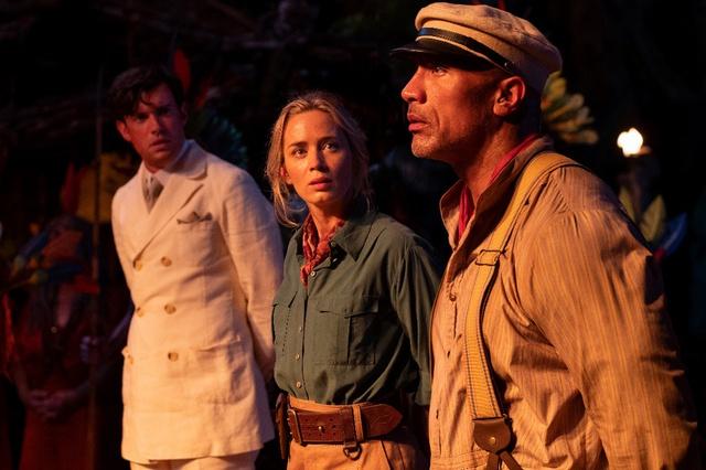 Cặp đôi hoàn cảnh The Rock và Emily Blunt thám hiểm rừng xanh trong trailer phim hành động Jungle Cruise - Ảnh 7.