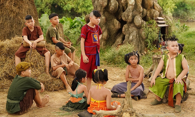 Phim Trạng Tí tiếp tục hứng gạch đá từ netizen vì loạt tình tiết không ai hiểu nổi - Ảnh 4.