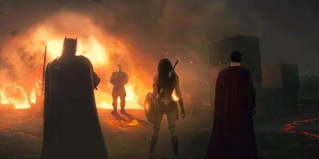 Superman hồi sinh và những chi tiết trong DCEU đã được fan đoán ra từ trước - Ảnh 1.
