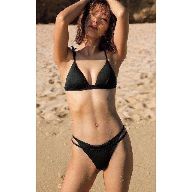 Hội bạn thân của Yua Mikami: Toàn hot girl đình đám, xinh đẹp chẳng hề kém idol quốc dân - Ảnh 9.