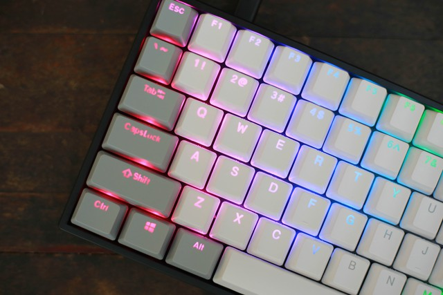 Mê mẩn với cặp đôi bàn phím cơ gaming E-Dra EK384: Nhỏ gọn, siêu tiện lợi, có cả Bluetooth mà vẫn rẻ không ngờ - Ảnh 5.