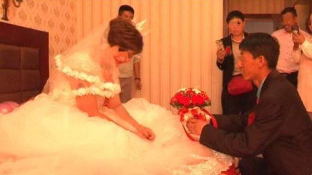 Tưởng vợ về thăm nhà ngoại, nam thanh niên bất ngờ phát hiện mình bị cắm sừng qua video trên mạng - Ảnh 1.