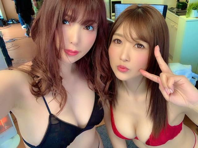 Bán sạch bộ NFT ảnh nóng với giá hơn 34 tỷ, thánh nữ Yui Hatano bội thu, khiến Yua Mikami cũng phải vội học theo - Ảnh 2.