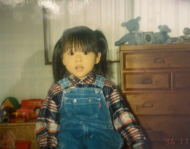 Yua Mikami tự chia sẻ ảnh cực xấu trong quá khứ, kể về lần đầu thời còn là chị đại tại trường - Ảnh 2.