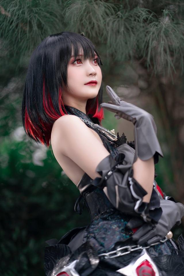 Cộng đồng game thủ mê mẩn bộ ảnh nóng bỏng mắt của nữ cosplayer Hiino Yuki - Ảnh 1.