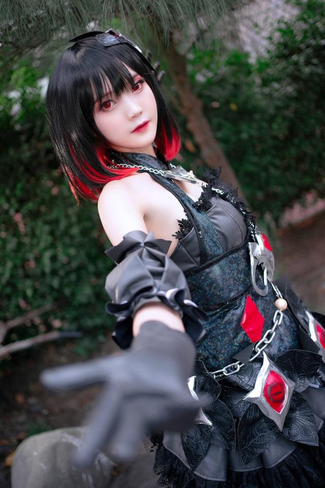 Cộng đồng game thủ mê mẩn bộ ảnh nóng bỏng mắt của nữ cosplayer Hiino Yuki - Ảnh 2.