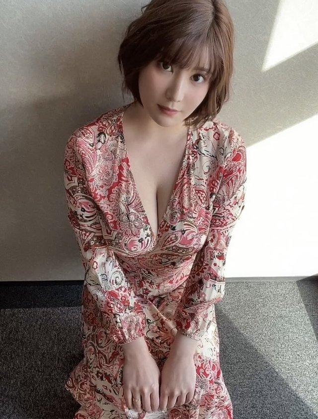 Sở hữu vòng một nặng nhất làng phim 18+ Nhật Bản, nàng hot girl mơ lật đổ Yua Mikami: Tôi muốn là người giỏi nhất - Ảnh 1.
