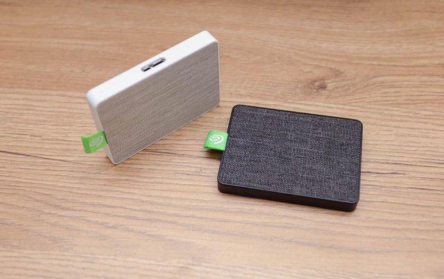 Trầm trồ trước SSD di động Seagate Ultra Touch: Cực đẹp và nhỏ gọn, tốc độ nhanh xé gió - Ảnh 3.