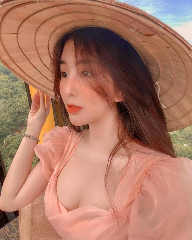Bị gạ combo 150 triệu + 1 căn nhà cho một đêm ở cạnh, nàng hot girl Việt hài hước đáp trả Em có nhà rồi - Ảnh 9.