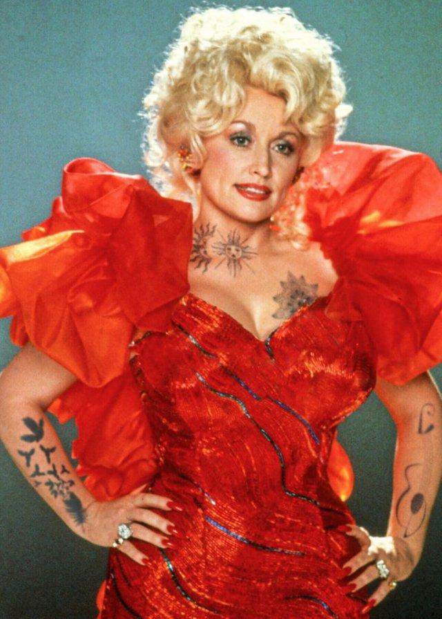 Marilyn Monroe và loạt sao Hollywood biến đổi thế nào khi có thêm những hình xăm? - Ảnh 12.