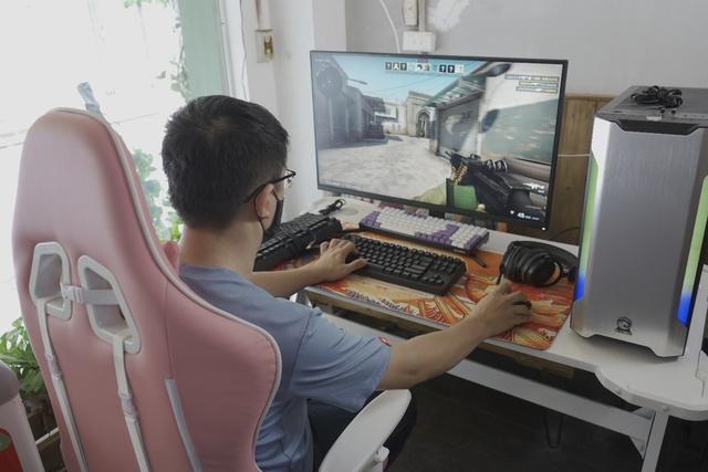 E-DRA lần đầu ra mắt màn hình gaming xịn sò, cả Nam - Bắc có 15 game thủ may mắn - Ảnh 1.