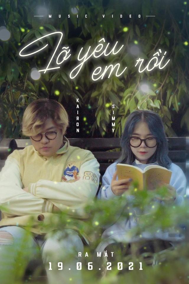 """Kỷ niệm tình yêu với streamer Simmy, """"chàng phi công"""" phủ sóng """"cẩu lương"""": tự sáng tác nhạc, làm MV tặng bạn gái! - Ảnh 1."""