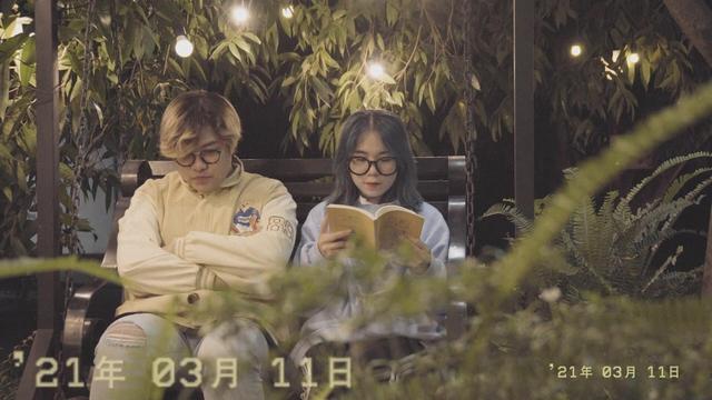 """Kỷ niệm tình yêu với streamer Simmy, """"chàng phi công"""" phủ sóng """"cẩu lương"""": tự sáng tác nhạc, làm MV tặng bạn gái! - Ảnh 7."""