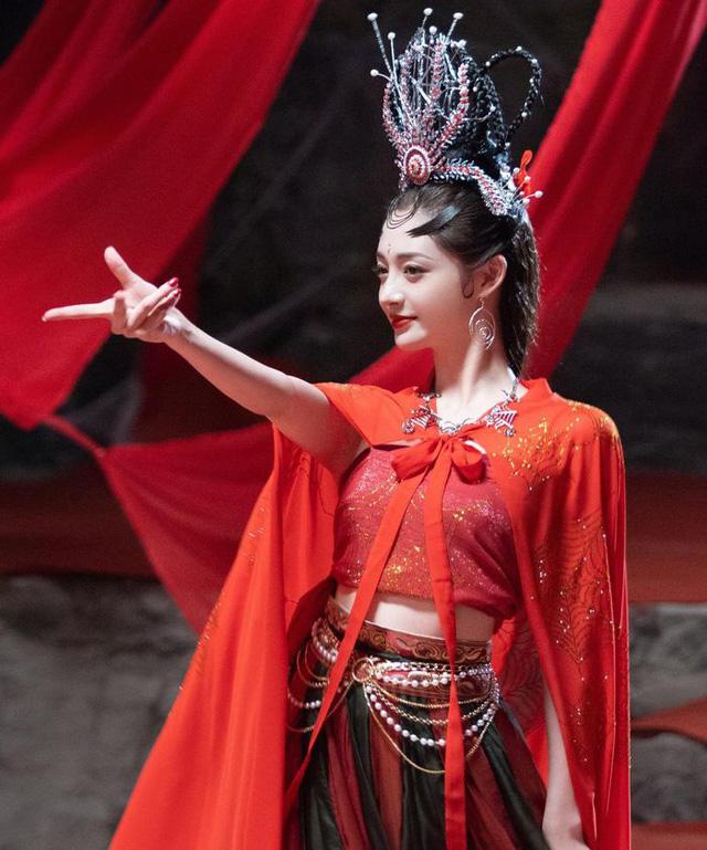 Dân tình náo loạn trước nhan sắc của nàng Nhện tinh trong Tây Du Ký phiên bản 2021 - Ảnh 8.