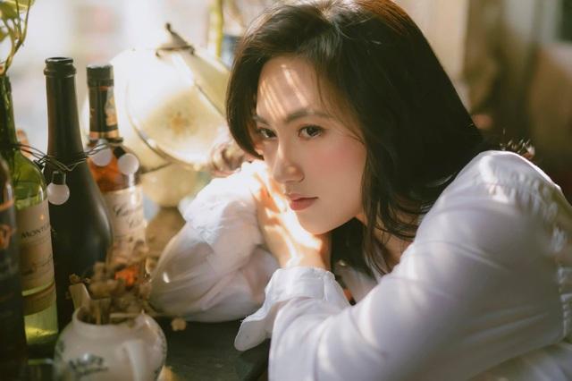 Ngọc nữ Phương Anh Đào trở thành Gương mặt đại diện của Tuyệt Kiếm Cổ Phong, mang đến loạt sự kiện khủng cho anh em game thủ! - Ảnh 2.