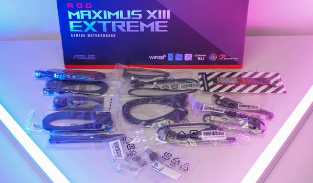 Đập hộp mainboard ASUS Maximus XIII Extreme: 25 triệu, hàng khủng siêu cấp vô địch - Ảnh 2.