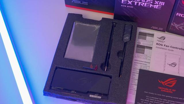 Đập hộp mainboard ASUS Maximus XIII Extreme: 25 triệu, hàng khủng siêu cấp vô địch - Ảnh 3.