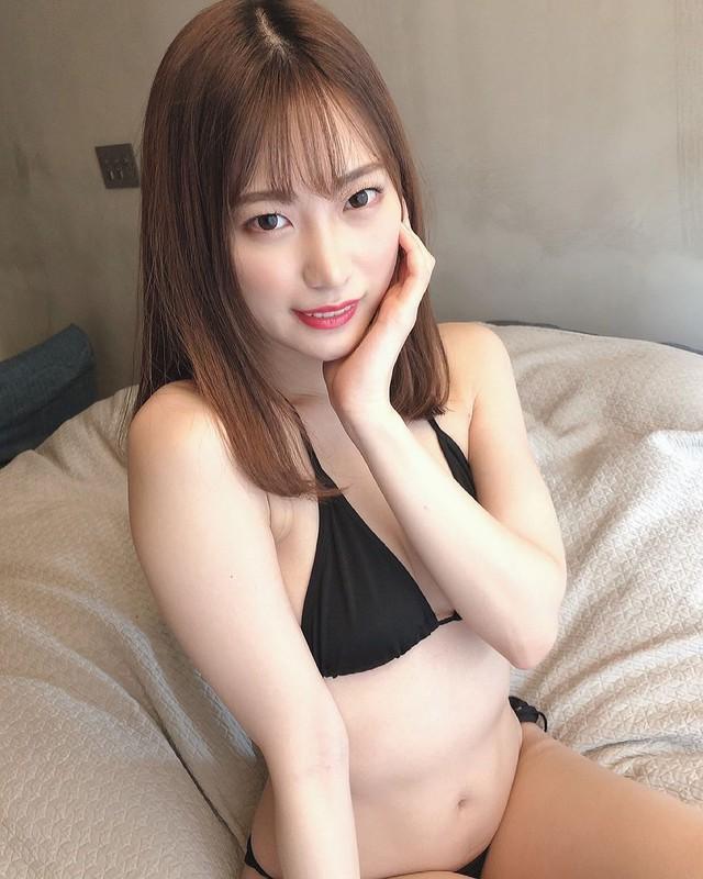 Ngắm nhan sắc Akari Mitani, mỹ nữ 18+ chân dài xinh đẹp của người Nhật - Ảnh 7.