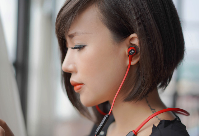 HyperX Cloud Buds Wireless: Tai nghe không dây in-ear cực cá tính - Ảnh 4.