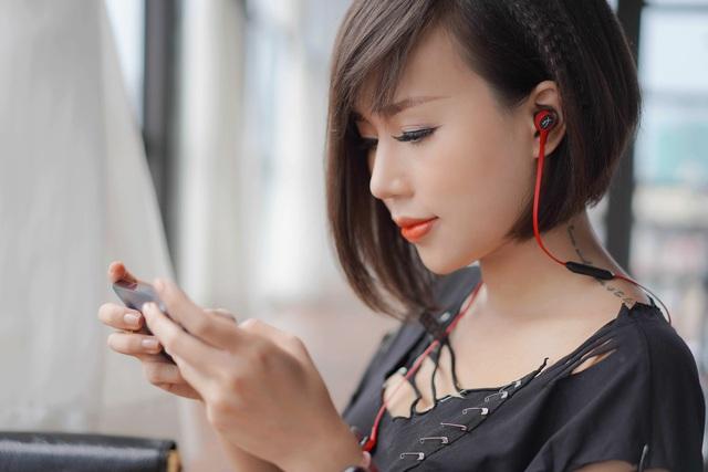 HyperX Cloud Buds Wireless: Tai nghe không dây in-ear cực cá tính - Ảnh 1.