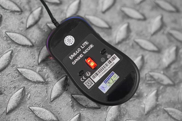E-DRA EM660 Lite Black: Chuột gaming siêu rẻ, form cầm ôm tay, hiệu năng tốt bất ngờ - Ảnh 2.