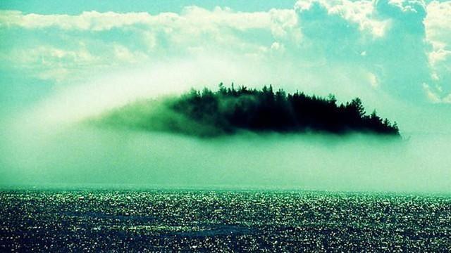 Hy-Brasil: Hòn đảo ma trong truyền thuyết và điểm tọa độ UFO kỳ bí được viết bằng mã nhị phân - Ảnh 1.