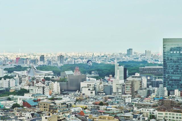 Khinh khí cầu đầu người lơ lửng trên bầu trời Tokyo - Nhật Bản khiến dân tình xôn xao - Ảnh 8.