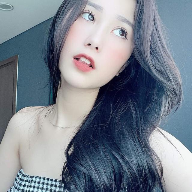 Tạo trend quá sốc, hot girl, vợ quốc dân Tiểu Hí liên tục được cánh mày râu cover lại điệu nhảy gợi cảm - Ảnh 8.