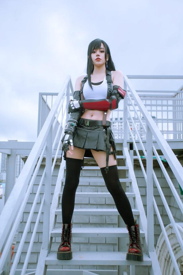 Nóng mắt ngắm loạt ảnh cosplay nàng Tifa trong Final Fantasy với thần thái đầy mời gọi - Ảnh 7.