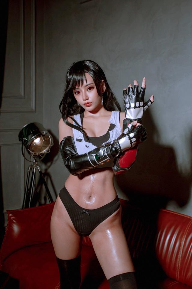 Nóng mắt ngắm loạt ảnh cosplay nàng Tifa trong Final Fantasy với thần thái đầy mời gọi - Ảnh 4.