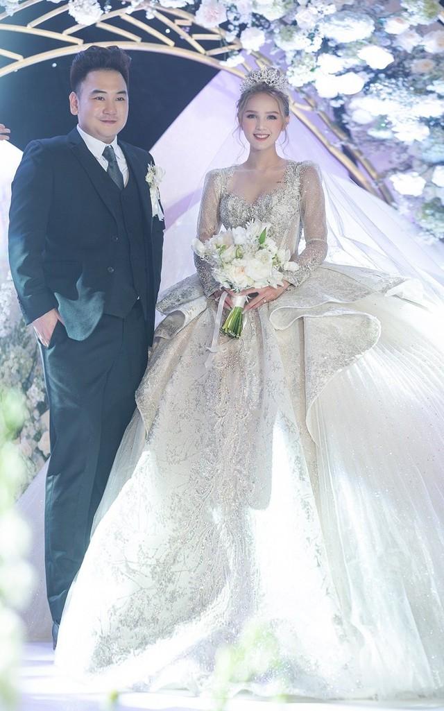 Diện váy cưới 28 tỷ, làm dâu nhà hào môn, hot girl Xoài Non bật mí cách kiếm chồng đại gia - Ảnh 2.